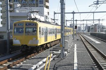 2012年2月17日、石神井公園、271F+1303Fの4104レ。 title=