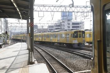 2012年3月3日 14時47分、池袋、7番ホームから発車した2089Fの下り回送列車。