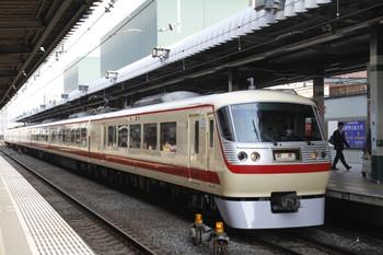 2012年3月3日 15時6分頃、練馬、10105Fの下り回送列車。