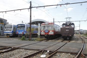 2012年3月24日 11時ころ、大場工場、1100系(赤電)とED33ほか