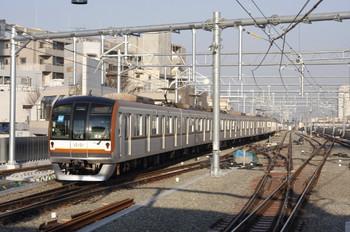 2012年3月28日 7時0分頃、石神井公園、メトロ10001Fの下り回送列車。