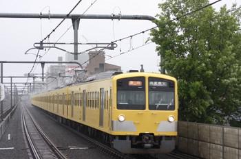 2012年5月3日、富士見台、1309Fの西武秩父ゆき2103レ。