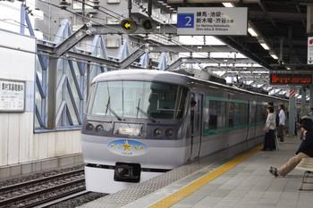 2012年5月3日 15時3分頃、練馬高野台、発車した10107Fの上り回送列車。