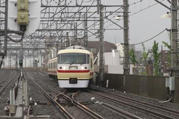2012年5月4日 14時54分頃、練馬高野台、10105Fの下り回送列車。
