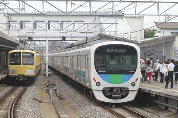 2012年5月17日、西所沢、左が6153レから復帰した285F+281F。