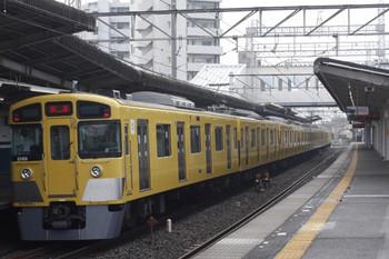 2012年5月18日 6時40分頃、西所沢、2069Fの上り回送列車。