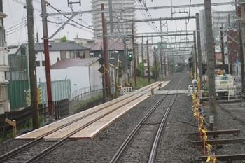 2012年6月9日朝、石神井公園~大泉学園、上り列車最後部から撮影。