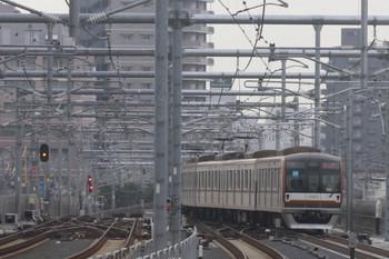 2012年6月24日 6時21分頃、練馬高野台~石神井公園、メトロ10002Fの下り回送列車。