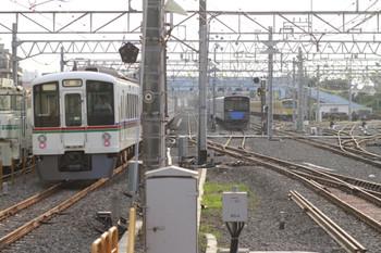 2012年7月29日 17時34分頃、保谷、通過した4009F+4013F(-<飯能)の下り回送列車。