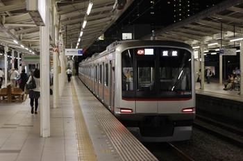 2012年9月19日、入間市、東急4104Fの4705レ。