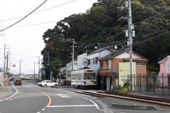 2020年12月12日 9時28分ころ。領石通〜清和学園前。1001の鏡川橋ゆき。