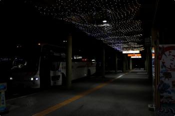 2020年12月12日。高知龍馬空港。バス乗り場。写真の、高知駅前観光の空港バスに帰りもお世話になりました。