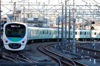2020年12月21日。所沢。発車した32106F+38113Fの1102レ。