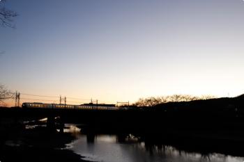 2020年12月26日 6時32分頃。仏子〜元加治。001系の下り回送列車。