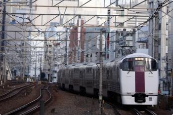 2020年12月29日 8時54分頃。恵比寿。215系の南行・回送列車。