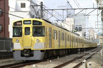 2013年2月9日、高田馬場~下落合、2451F+2015Fの2103レ。