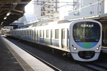 2013年3月21日、椎名町、5411レの38105F。