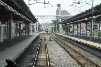 2013年6月17日、東長崎、2139レの運転台後ろから下り本線を撮影。
