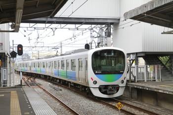 2013年8月24日 13時26分頃、新所沢、上り3番ホームから下り方へ発車したイベント臨時列車の折り返しのための回送列車の38114F。