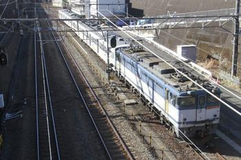 2014年1月19日 10時28分頃、新秋津、府中本町方から到着するEF65-2068+西武1249Fの貨物列車。