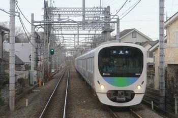 2014年1月26日 15時25分頃、武蔵藤沢~稲荷山公園、38115Fの上り試運転列車。下り列車の最前部から撮影。