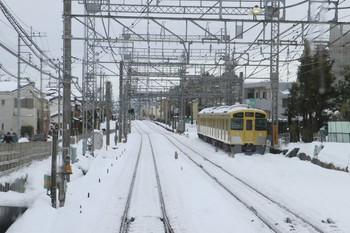 2014年2月15日 12時28分頃、西所沢、引き上げ線に止まる2531F。