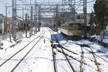 2014年2月16日 12時ころ、西所沢、引き上げ線に留置の2531F(?)。
