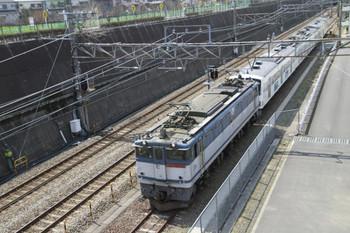 2014年4月6日 10時33分、新秋津、到着するEF65-2063+1253F。