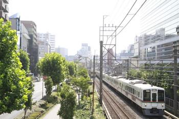 2014年8月2日 8時39分頃、高田馬場~下落合、4005F+4001Fの西武秩父ゆき臨時列車。