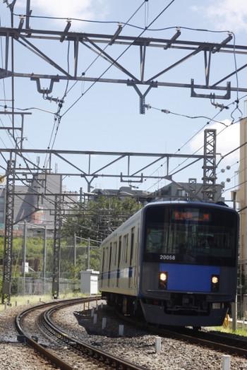 2014年8月11日、高田馬場~下落合、20158Fの5137レ。