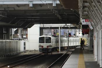 2014年10月26日 13時55分、所沢、6番線から発車した1245F+263Fの下り回送列車。
