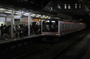 2014年11月15日 20時52分頃、西所沢、東急5162Fの西所沢始発の4804レ(16K運用)。
