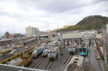 2014年12月17日 午後、彦根、旧型電機の左隣に3007Fが留置されています。