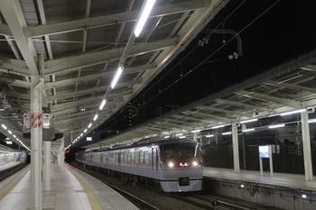 2014年12月4日 0時21分頃、入間市、10112Fの上り回送列車。