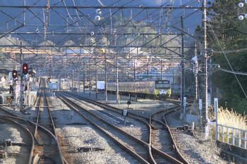 2015年1月3日 15時ころ、横瀬、下り列車から見た駅構内。3011Fが留置中。