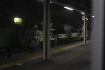 2015年1月30日 午前6時すぎ、東長崎、留置されるモーターカー+トロッコ2両+モーターカー。