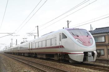 2015年3月2日、滑川〜東滑川、「はくたか8号」(1008M)の683系。
