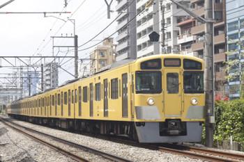 2015年4月17日、高田馬場~下落合、2057Fの5822レ。