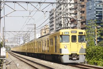 2015年4月28日、高田馬場〜下落合、2403F+2001Fの4608レ。