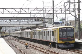 2015年5月10日、仏子、東急4110Fの1718レ。左は9102Fの2137レ。。