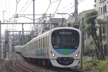 2015年5月14日、池袋~椎名町、32104F+38107Fの西武秩父ゆき4209レ。