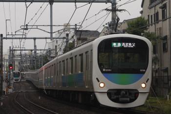 2015年5月19日、池袋~椎名町、32106F+38110Fの西武秩父ゆき4209レ。
