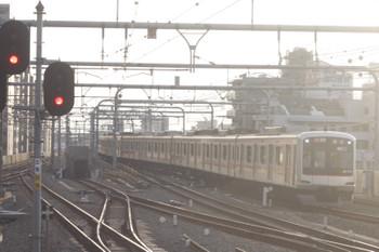 2015年5月25日、練馬、東急5163Fの6672レ(17S運用)。