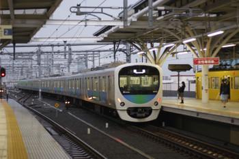 2015年9月18日 5時57分頃、石神井公園、3番ホームから6番線へ入る38112Fの回送列車。