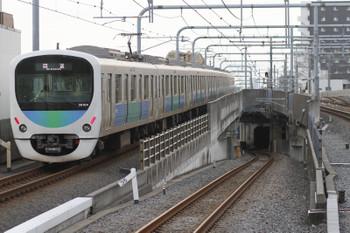 2015年9月20日 6時10分頃、練馬、38104Fの上り回送列車。