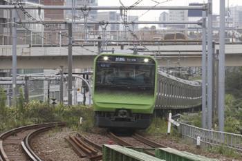2015年9月29日 12時21分頃、代々木、外回りを走るE235系試運転列車。