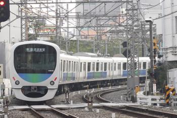 2015年10月21日、高田馬場~下落合、30105Fの4204レ。