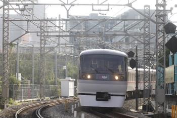 2015年11月7日 8時37分頃、高田馬場~下落合、10101Fの下り臨時特急列車。