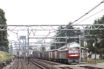 2016年4月2日、原宿、EH500-22牽引の3086列車。