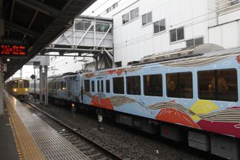 2016年4月24日 9時50分頃、上石神井、側線で下り方への回送を待つ4009F。